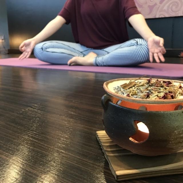 茶香炉・椅子_180709_0001